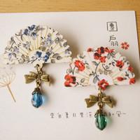 chica de gafas de madera al por mayor-Estilo de Japón Floral Print Ventilador de madera Glass Bead Colgante de latón Bowknot Pin Broche para Mujeres Niñas Mano Vintage Jewelry nz06