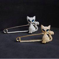 Wholesale Jewellery Sale China - Brooch for Women Jewellery Fox Brooch - Japan and South Korea Hot Sale Green-eyed Cat Fox Rhinestone Animal Brooch Pin Christmas Brooches