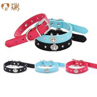 Wholesale Leather Dog Collars Crowns - Rhinestones Crown Dog Collar Adjustable necklacePet Dog Cat Collars with 4colors XS S M L Free shipping G1023