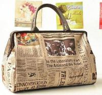 sacos de jornais venda por atacado-2019 venda quente à prova d 'água saco de viagem de moda retro jornal do vintage listrado design de impressão senhora bolsa de ombro sacos de bagagem