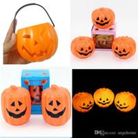 ingrosso cerchio cerchio chiaro-LED Halloween Pumpkin Lights Lampada in plastica cava grande zucca secchio LED LUCI Decorazione Ballons Lampade per bambini