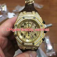 bracelet de diamant marron achat en gros de-Diamants or visage montre or 44mm hommes luxe bracelet cuir marron quartz conception pleine glacé montres de haute qualité