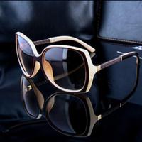 marka lüks gözlükler toptan satış-Lüks Markalar Tasarımcı Güneş gözlükleri Kadın Retro Vintaj Koruma Kadın Modası Güneş Gözlükleri Kadın Güneş Gözlükleri Logo ile Vizyon Bakımı 6 Renk