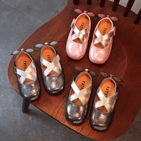 Wholesale Dress Shoes For Little Girls - children little girls dress shoes girls princess shoes Bright petals shoes Soft pretty comfortable for kids girls