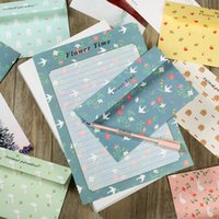 Wholesale Stationery Paper Designs Envelope - Wholesale- New Design Nice Florals Pattern Envelopes Papers Set School Stationery Students Writting a Letter Nice Children Gifts PL