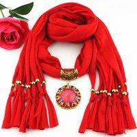 bufanda de varios colores al por mayor-La más nueva señora barata de la manera bufanda directa de la fábrica coloreada Rhinestones resina colgante bufanda collar invierno bufanda mujeres pañuelo