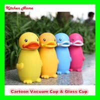 красная ночная стойка оптовых-Творческий дизайн утка дети бутылка воды чайник милый мультфильм вакуумные стеклянные чашки для детей младенцев 2 вида бутылки для выбора
