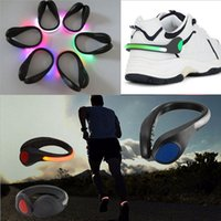 Wholesale Wholesale Shoes Clips - Bike Cycling Sports LED Shoes Clip Wrist Safety Signal plastic LED shoes Clips flash luminous Light outdoor safety Shoes Clip party B001