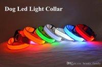 melhores trelas do cão venda por atacado-D07 Frete grátis Pet Dog Collar Pet gola de nylon colar luminosa LED flash colares luminosos
