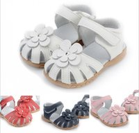 Wholesale Girls Sandals Flowers - Girls sandals genuine leather flower white pink navy red for wedding christenning SandQ baby sandals on magazines F1 closed toe wide