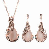 Wholesale Cheap Peacock Wedding Jewelry - Fashion Alloy Cheap Newest Peafowl Necklace And Earrings set Elegant Gifts For Women Crystal Opal Peacock Jewelry Set From China