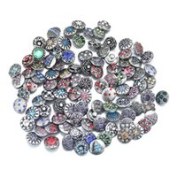 Wholesale 50pcs crystal of styles mm metal ginger snaps button for bracelet female armhand bangle stering silver jewelry M716 jewelry makin