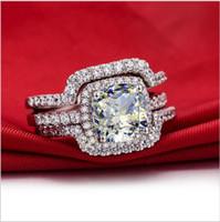 synthetische diamantprinzessin großhandel-HEIßER Luxus Neue Braut Set Hochzeit Ringe Sets 3 Karat G-H Kissen Princess Cut Beste Qualität NSCD Synthetische Diamant 3 STÜCK ring sets