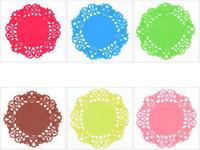 ingrosso nuovo disegno della tazza-Nuovo merletto Colorful Flower Hollow design Tavola rotonda del silicone resistente al calore Mat Coffee Cup Coaster Cuscino Placemat Pad