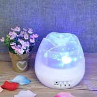 tomurcuk ışıkları toptan satış-Romantik Gül Tomurcukları Şekilli Dönen Gece Işığı Projektör Çocuk Çocuk Bebek Uyku Aydınlatma Gökyüzü Yıldız USB Lamba Led Projeksiyon