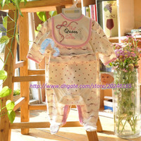 Wholesale Baby Girl Clothes Patterns Free - 0-9M baby sets Vitamins infant girls bodysuit clothing sets bebe cute queen Patterned Embroidered Bow Sleep Play Bodysuit sets free shipping