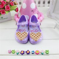 Hot Sale Summer Baby Shoes Kids Girl Sandals Sweet Heart Flat Plastic Sandals Sapatos de criança Jelly Shoes Soft Jelly Sandal