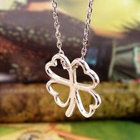Wholesale Clover Flower Necklace - Japan and South Korea Jewelry glossy heart-shaped four-leaf clover   Flower Korean star explosion models short necklace 2016 070 men and wom