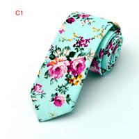 Wholesale Wholesale Slim Ties - 2017 Floral ties Fashion Cotton Paisley Ties For Men Corbatas Slim Suits Vestidos Necktie Party Ties Vintage Printed Gravatas