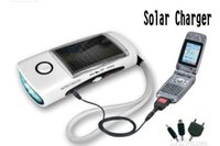 Solar-LED-Taschenlampe FM Radio Handy Mp3 Mp4 20pcs / lot 160331 #