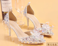 Wholesale pointed low heels - 2018 Newest Fashion Luxurious Silver Rhinestone Bride Wedding Shoes For Women Low Heel