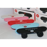 Mini Skateboard altoparlante senza fili Super Bass Bluetooth MP3 stereo Scooter Altoparlante vivavoce Call For PC Phone Tablet Laptop $ 18 no pista