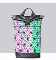 gümüş hologram sırt çantası toptan satış-Yeni Kadın Lazer Sırt Çantası Geometrik Omuz Çantası öğrencinin Okul Çantası Hologram Aydınlık sırt çantası Lazer Gümüş BaoBao Sırt Çantası