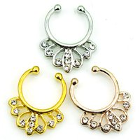 Mix Order Nose Rings Rhinestone de aço inoxidável Pierce Septum Hoop 3 Cor Fake Nose Studs Body Jewelry