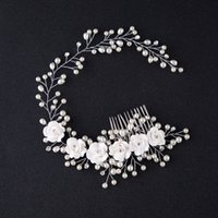 Mariage Bridal Pearl Flower Hair Band White Flower Pearl Combs Peaux Tiara Headwear Barrettes Couronne Coiffure Cheveux Bijoux 2018 Accessoires