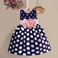 mavi elbise beyaz noktalar toptan satış-2016 Yaz Bebek Çocuk Girls Kolsuz Parti Gelinlik Polka Dot Çiçek Mavi / beyaz 5 set / lot Çocuk Giyim