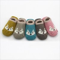 Baby Fox Socks Newborn Inverno Floor Boat Socks Toddler Algodão Anti Slip Calçado Kids Fashion Slipper Socks Botiches quentes antiderrapantes New B3038
