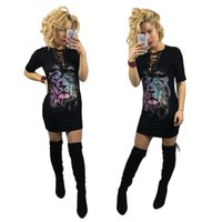 Compra Camicia Di Leone-2017 Nuove donne Sexy Black Lions stampa Lace Up con scollo a V 1/2 manica lunga Camicia Dress Girls Street Dance Tee unico Slim Fit Camicetta Top
