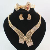 gelin takıları toptan satış-Takı Setleri Altın / Gümüş Kaplama Bildirimi Kolye Bilezik Küpe Yüzük Moda Kristal Hollow Tribal Gelin Nedime Düğün Mücevherat