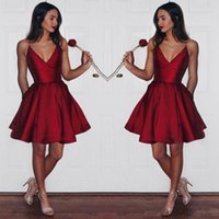 Wholesale beautiful deep purple dress - Beautiful Red Short V Neck Homecoming Dresses Simple Spaghetti Straps Pleats A-Line Backless Graduation Prom Cocktail Dress for Party Wear