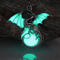 Wholesale Titanium Dragon Pendant - Game of Throne dragon Punk Luminous Dragon Pendants & Necklaces GLOW in the DARK dragon amulet Sweater Chain Gift ancient