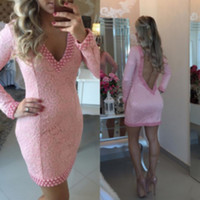 Vestiti da cocktail rosa chiaro di moda 2016 perle lunghe maniche lunghe in rilievo aperte indietro donne corte Formal Party Dress Club su misura
