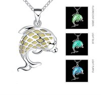 Wholesale Glow Dark Necklaces Wholesale - Luminous Necklace Lovely Dolphin Pendant Necklaces Creative Silver Plated 3 Color Styles Glowing in the Dark Jewelry Gift for Friend