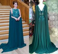 dunkelgrüne perlen großhandel-2016 Dark Green Cape Stil Abendkleider Elie Saab Spitze Applique Perlen Chiffon Prom Kleider Sweep Zug Formale Party Kleider