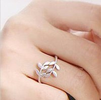 Wholesale leaf rings resale online - Ring For Women Christmas Gift Simple Leaf Ring Trendy Creative Antique Retro Vintage Leaf Ring