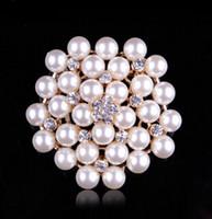 ingrosso brooch di cristallo della perla faux-3 colori vintage tono argento strass cristallo diamante e finto crema perla cluster grande spilla da sposa bouquet spilla