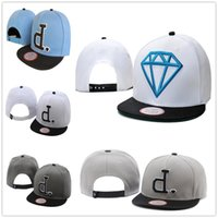 Wholesale Diamond Snap Back Hats - New Fashion D Baseball Caps Fashion Diamonds Men's Snapback Embroidery Hip-Hop Adjustable Hats Women Casquette Snap Back Wholesale