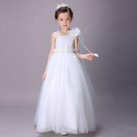roupas de dama de honra venda por atacado-Super Barato Elegante Dama de Casamento Dama de Honra Vestidos de Verão Branco Longo de Tule Festa À Noite Traje Da Princesa Rendas Adolescentes Roupas de Meninas de Flor