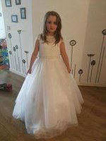 Wholesale Girl Lace T Shirts - Lace White Floor-length 2017 A line Flower Girls Dresses Jewel Illusion T-shirt covered button Beaded Tulle Tiered Skirts Newest Beauty Gown