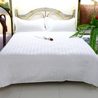 Wholesale Bedspread Cotton Satin - Bedding Cloths Bedspreads Set Hotel Supplies Guest Room 3 Pieces Set Linen Satin Strip Cotton White Color Wholesale 1M