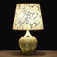 ingrosso lampade da tavolo da sposa-2016 Glowing Wedding Table Decorations Lampade per la casa contemporanea Design Hollow Out LED e lampada Decorare Lampada da tavolo a Led