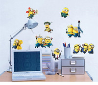 Arte De La Pared Baratos-Subordinados etiqueta engomada del interruptor Wall Stickers Despicable Me 2 desprendibles de la pared Adhesivos de 30 * 60 cm Decoración Arte linda del cuarto de niños de niños cariñosos de regalo libre de DHL