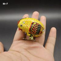 ingrosso giocattoli a vento in metallo-Wind Up Toys Animal Robot Chicken Pecking Metal Models Tirare indietro giocattolo interattivo per bambini Ragazzi