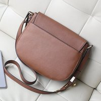 Wholesale Perfect Cover - Free delivery perfect quality handbags for women Europe retro shoulder bag saddle bag lock bag