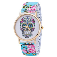 Wholesale Gothic Skull Watches - Wholesales New Arrival Skull Gothic Wrist Watches Geneva Flower Watches Ladies Metal Quartz Watches for Men Ladies Present