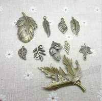 collier feuille bronze achat en gros de-Mixed Leaf Charms 5set = 50pcs Vintage Charmes Maple Leaf Arbre Feuille bronze antique En Alliage de Zinc Fit Bracelet Collier DIY Bijoux Making Findings